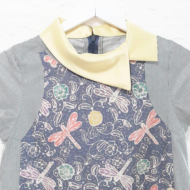 Detailed look Zoe006  www.nonandnik.com  #batik #batikindonesia #fashionindonesia #batikdress #batikmodern #batikshop #fashionbatik #batikfashion #ootdbatik #onlineshop #localbrand #readytowear #batiknonik #nonandnik