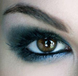 La Rogue eyeliner!