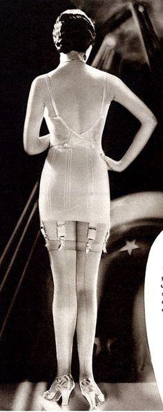 1920 'iç çamaşırları ♥♥♥    1920's undergarments