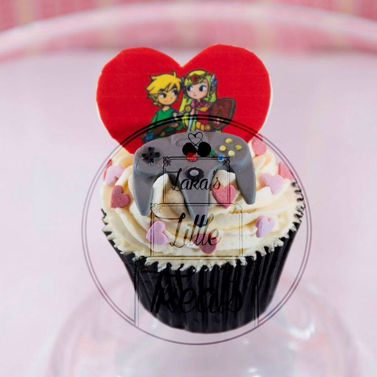 Valentines 'for him' gaming cupcakes collection #laraslittletreats #forhim #valentines #gaming #cupcakes