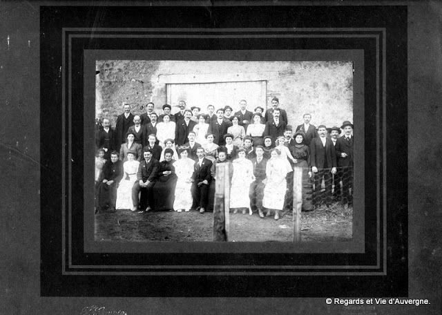 Regards et Vie d'Auvergne: Quatre mariages en Auvergne et en noir et blanc.