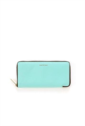 CR - AUG 2014 - Annie Box Wallet