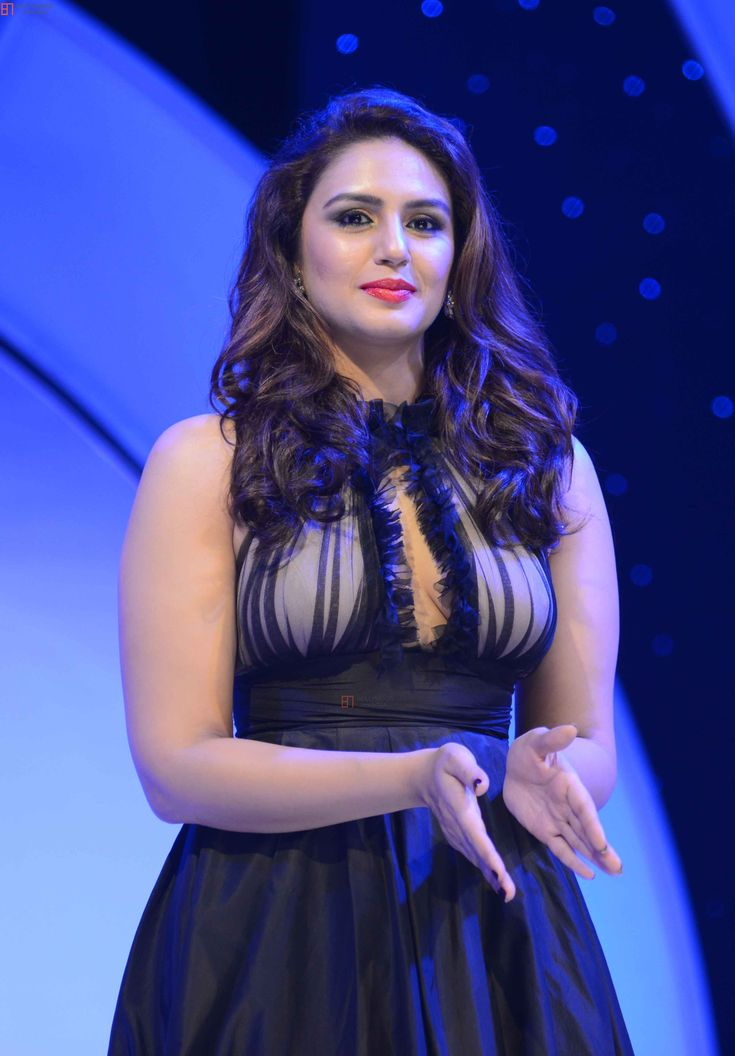 Huma Qureshi   Huma Quereshi Brand Ambassador of Color Cosmetics 'Oriflame' Photo #337