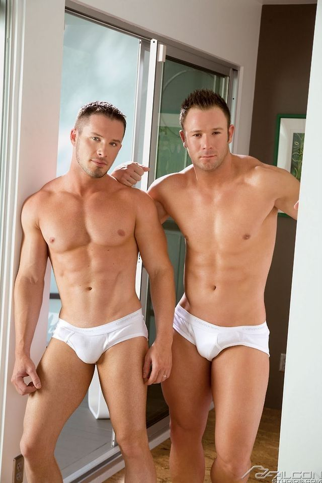 Hollywood bikini bodies