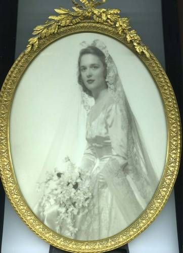 Beautiful portrait of Barbara Bush on her wedding day, January 6, 1945.