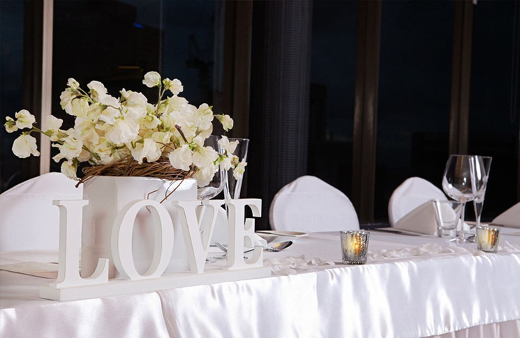 Brisbane Wedding Venues – Hotel Urban Brisbane | Romantica floral design www.romantica.net.au