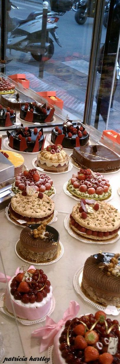 Gerald Mulot patisserie, Paris.......OH MY GOODNESS -- HOW SIMPLY DELICIOUS EVERYTHING LOOKS......AND, THE PASTRY CHIEF TOLD ME THEY WERE ALL NON-FATTENING........YES, I'LL HAVE A SLICE OF EACH ONE, IF YOU PLEASE..................ccp