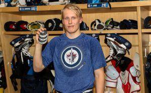 18-летний хоккеист сборной Финляндии побил рекорд Никиты Филатова в НХЛ http://mnogomerie.ru/2016/10/27/18-letnii-hokkeist-sbornoi-finliandii-pobil-rekord-nikity-filatova-v-nhl/  Финский новичок «Виннипега» Патрик Лайне стал самым молодым европейским хоккеистом, сделавшим хет-трик в матче НХЛ «Виннипег» в матче регулярного чемпионата НХЛ дома в овертайме переиграл «Торонто» со счетом 5:4. Финский новичок хозяев Патрик Лайне, который был выбран на драфте под вторым номером, стал самым молодым…
