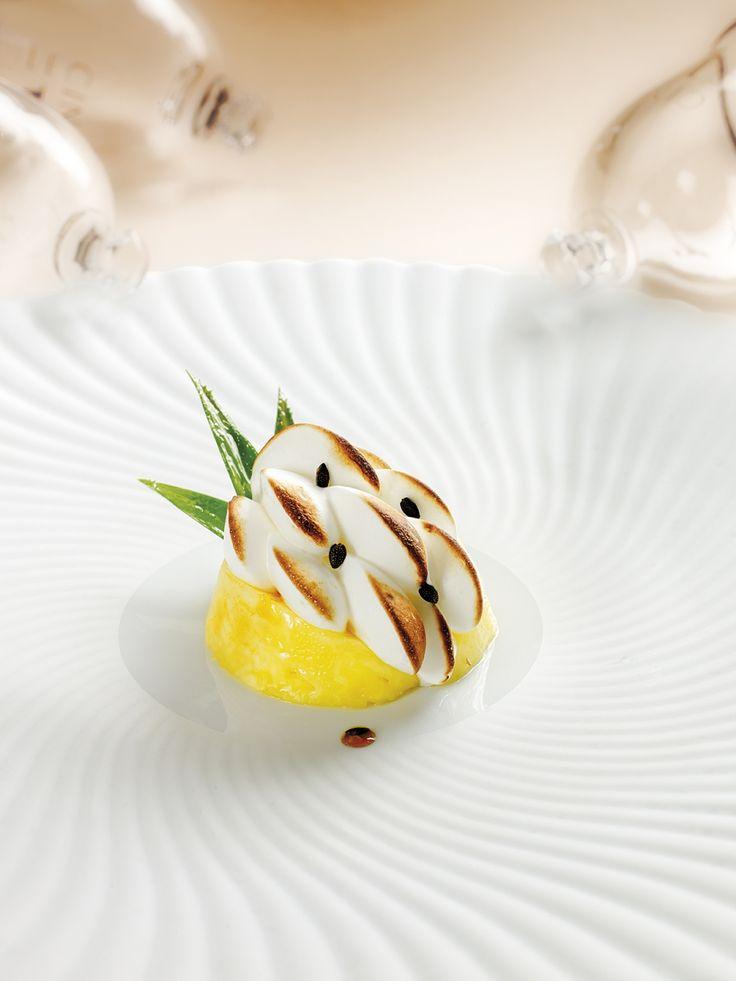 Ananas victoria, soufflé aux fruits exotiques par Stéphane Tranchet