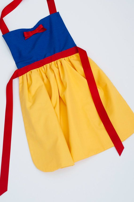 princess Snow White dress up apron: 3 sizes for toddlers and girls