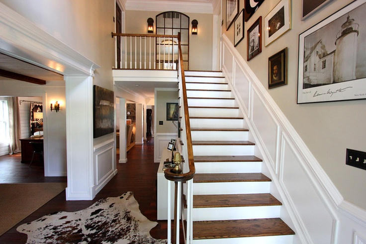 Expansive Foyer