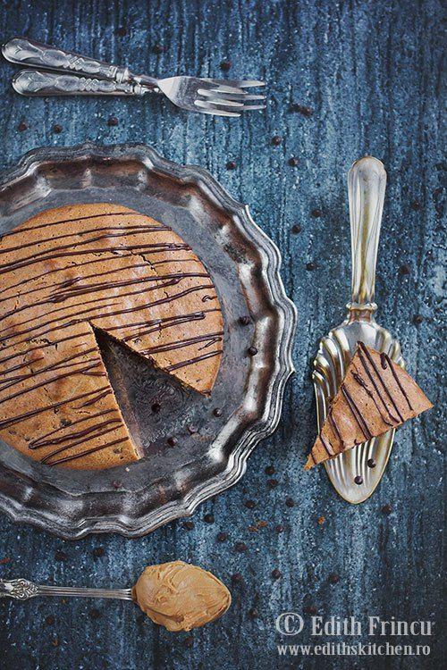 Peanut butter flourless cake - Prajitura cu unt de arahide si ciocolata, fara faina -