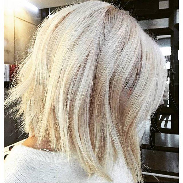 25 einzigartige platin haar ideen auf pinterest platinblonde haare blonde haarfarbe und. Black Bedroom Furniture Sets. Home Design Ideas