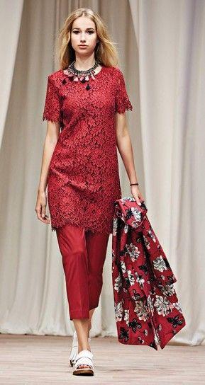 Abito in pizzo Twin Set Simona Barbieri - Modello rosso floreale a maniche corte dalla collezione Primavera/Estate 2016