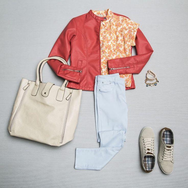 Pazartesi sendromundan habersiz, enerji ile günü yarılayanlar sıradaki kombin sizin için gelsin! :) #turuncu #yağmurluk #ceket #çanta #ayakkabı #desenlitshirt #aksesuar #koleksiyon #bahar #sezon #tarz #mavi #pembe #stil #trend #moda #gününmodası #orange #mac #jacket #bags #shoes #patterned tshirt #accessory #collection #spring #season #style #blue #pink #style #trend #fashion #fashionsoftheday #DeFacto #SenDeRahatla