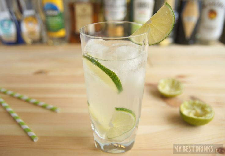 Gin Rickey – a classic drink from America