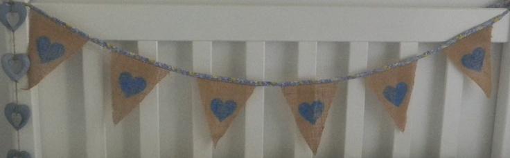 Girls - hessian painted hearts
