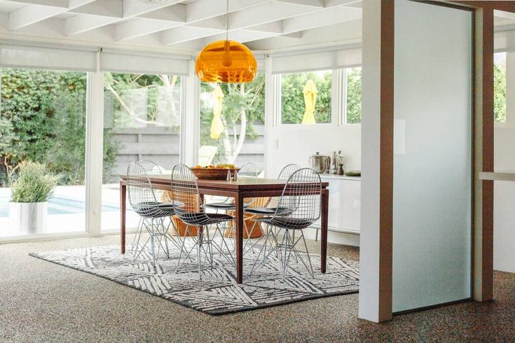 Entire home/apt in Palm Springs, United States. Welcome to The Sycamore House. Tucked on the corner of a cul-de-sac,  and blocks from the airport and Downtown PS. The Alexander designed home is perfect for families or groups & has everything you need for the perfect Palm Springs getaway. Dogs o...