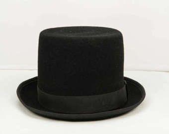 BLACK FELT TOP HAT.BRIM:4,5CM.CROWN:13,5CM.