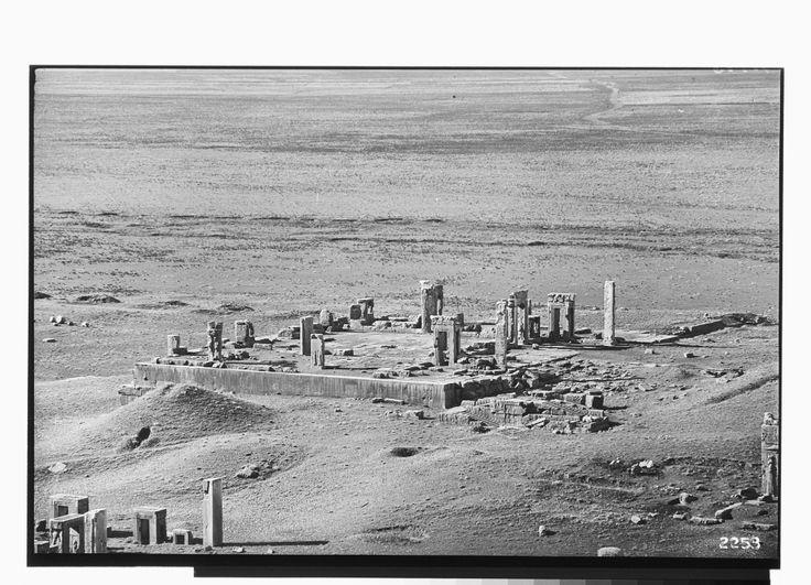 Persepolis Book Veil Pictures
