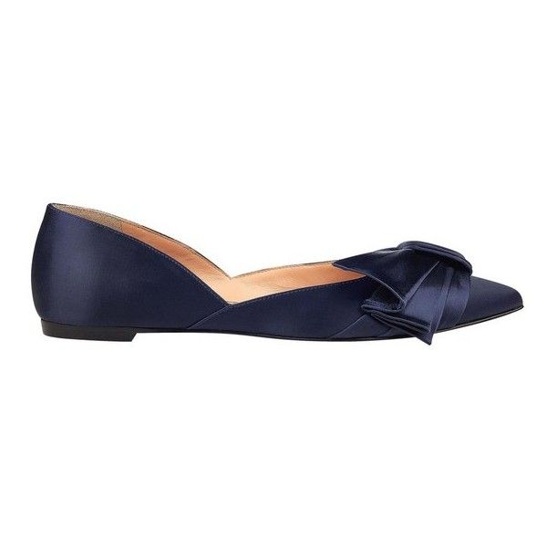 Sigerson Morrison Simona Flat ($275) ❤ liked on Polyvore featuring shoes, flats, navy, flat pumps, navy pointed toe flats, navy flat shoes, navy shoes and pointed toe flat shoes