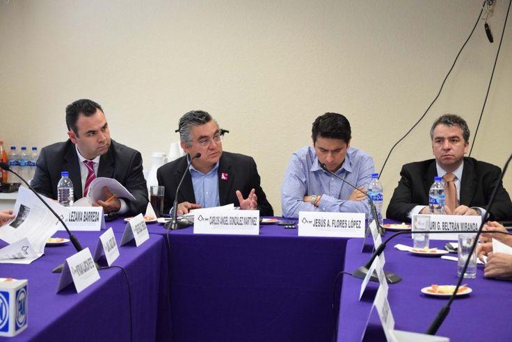 Optan vecinos de Xochimilco por instalar lámparas solares  con Recursos del Presupuesto Participativo 2016