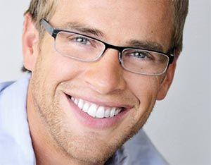 Comment choisir des lunettes pour homme. Les formes et les couleurs pour visage masculin.