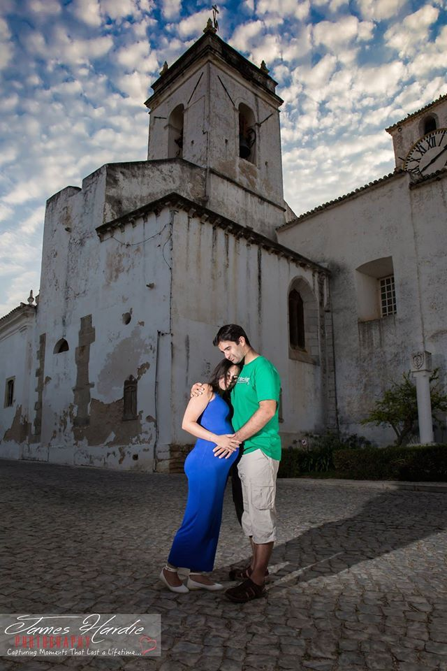 Yesterday Kellie and I were shooting in the streets of beautiful Tavira with Tomas & Sophia who wanted to have images around their hometown with baby bump....