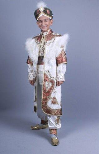 Şah sultan krem bordo kaftan sünnet kıyafeti 0212 909 32 31 www.sunnetcarsisi.com