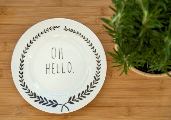 Hey, I found this really awesome Etsy listing at https://www.etsy.com/es/listing/91644423/illustrated-oh-hello-plate-with-leafy