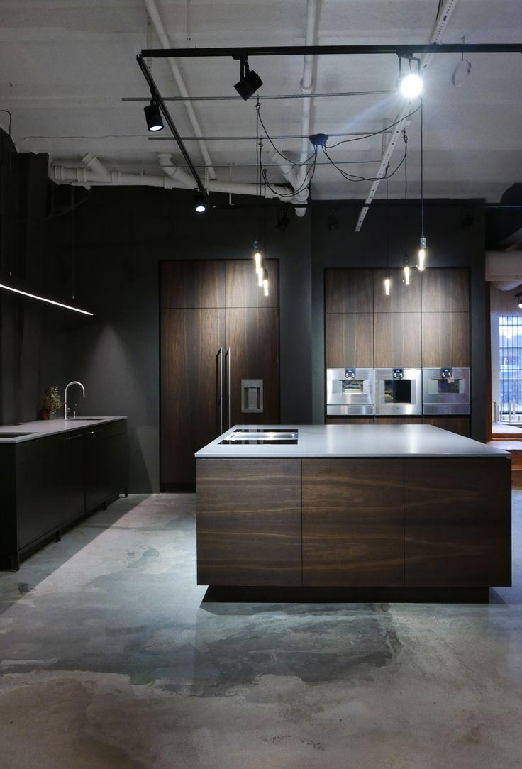 Hamran Kitchen. Extraordinary kitchens from Norway. Kitchen inspiration. Scandinavian design. Dekton worktop. Smoken oak. Gaggenau appliances. Bora professional.