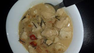 Receitinhas e Viagens: Frango tailandes low carb ao curry verde