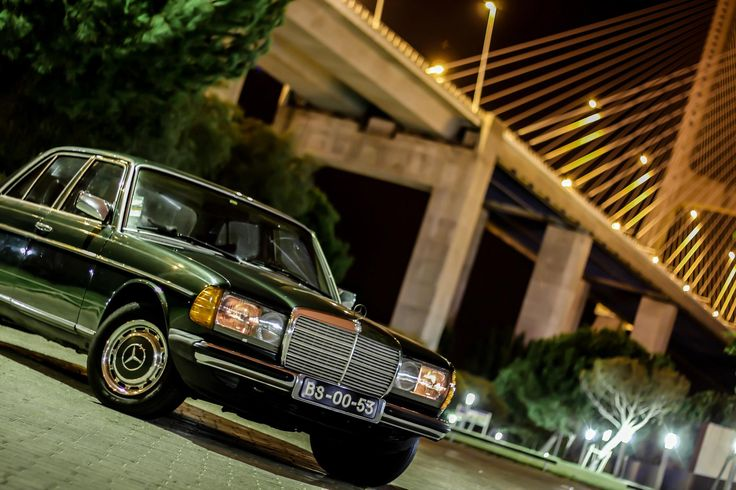 Mercedes w123 by Palm3 Sunglasses at Parque Tejo