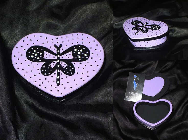 Caja corazón lila mariposa 10x7 cm.