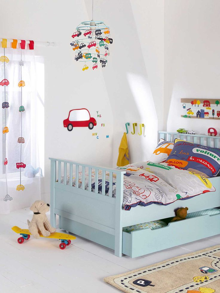17 best ideas about car themed rooms on pinterest garage for Habitaciones infantiles