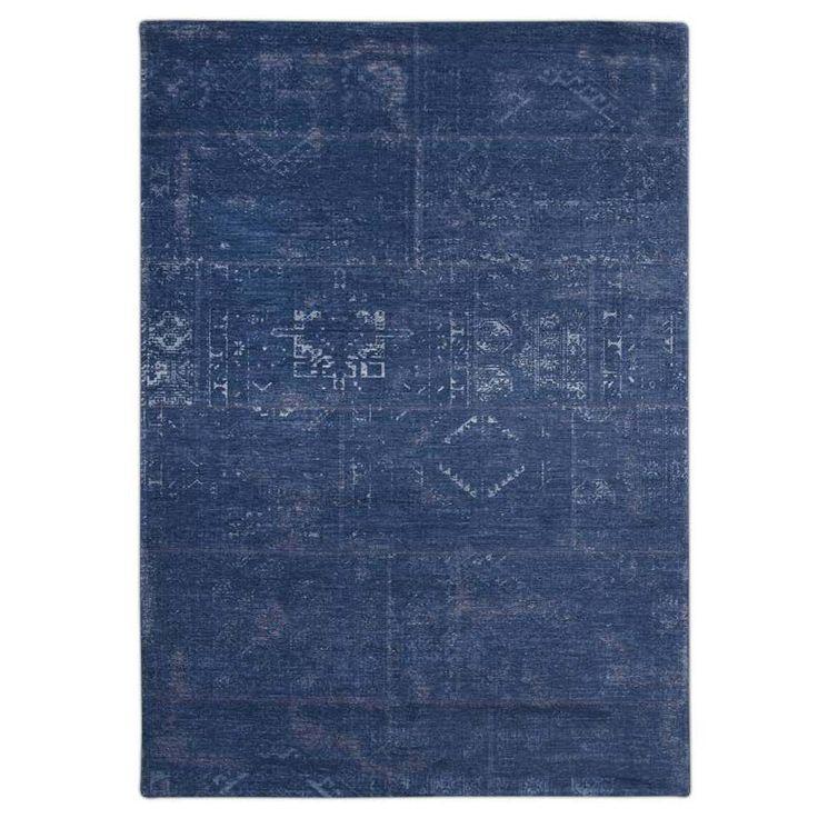 Ковры в стиле «Старинный Килим» являются современной интерпретацией вдохновленной дизайном древних килимов. Растительные мотивы, геометрические формы практически «теряются», «исчезают» в переплетении нити, придавая цветовую утонченность и рафинированность рисунку. Комбинация нитей шерсти, хлопка и жаккарда, винтажный вид ковра делает эти шедевры вписывающимися в любой интерьер. Более столетия опыта и мастерства соединились в каждом созданном ковре от коллекции Antique. Тканые на жаккардовых…