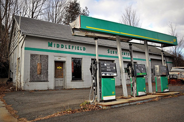 vintage gas stations | BP Gas Station (Abandoned) - Middlefield, Connecticut | Flickr - Photo ...