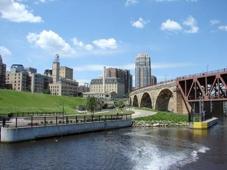 The Mississippi River runs through Saint Paul and Minneapolis
