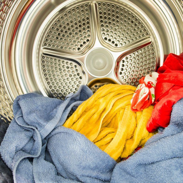 Stop Using Dryer Sheets Immediately! ...known carcinogens, hazardous pollutants, endocrine disruptors and things that target specific organs in the most unpleasant ways.