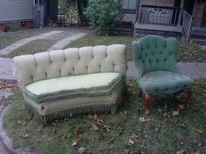 FREE  Halloween Furniture? ;)