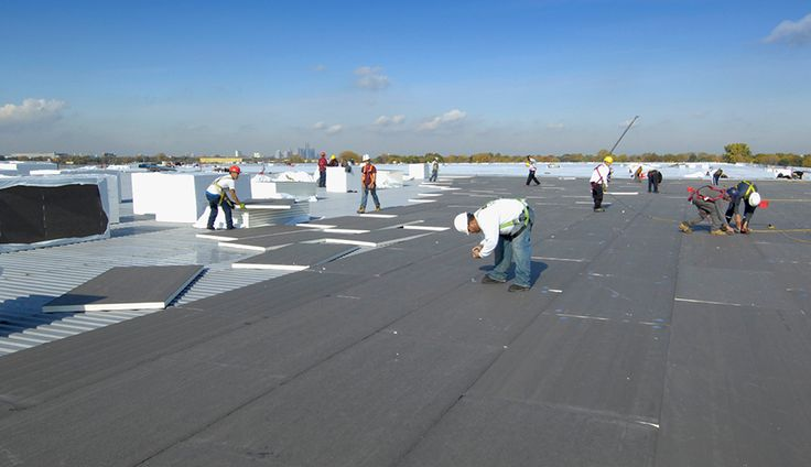 commercial roofing company. the roofers provide commercial roofing services in RESIDENTIAL AND INDUSTRIAL MARKET PLACES.