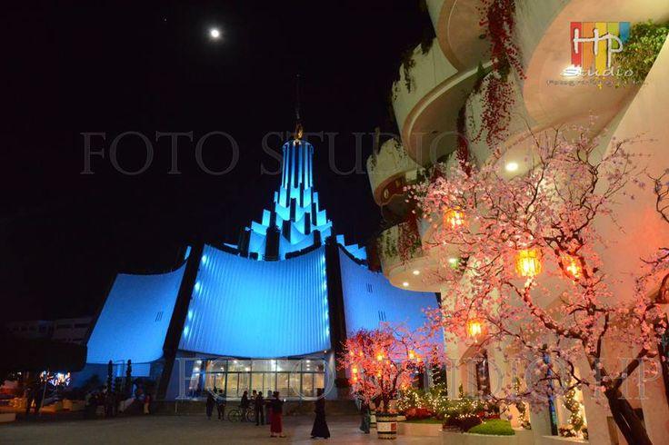 Vista del Templo Sede Internacional desde la Calzada Dr. Samuel Joaquín Flores