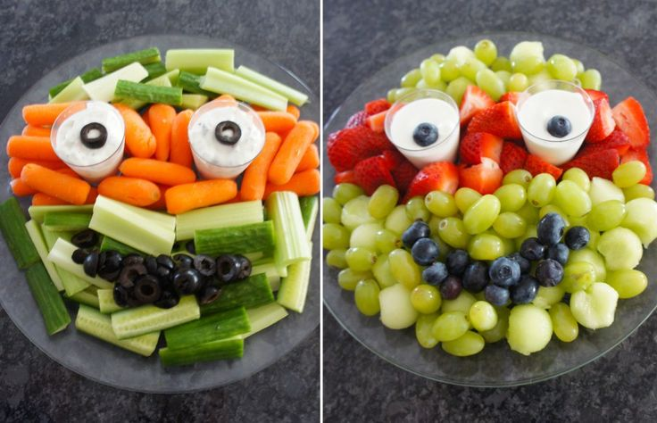 For a healthier Teenage Mutant Ninja Turtles recipe idea, try these fun and creative veggie & fruit plate ideas! Grapes, strawberries, blueberries, olives, celery--the possibilities are endless (and did we mention healthy?)!