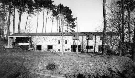 Casa propia | Oleiros 1979 |  Manuel Gallego