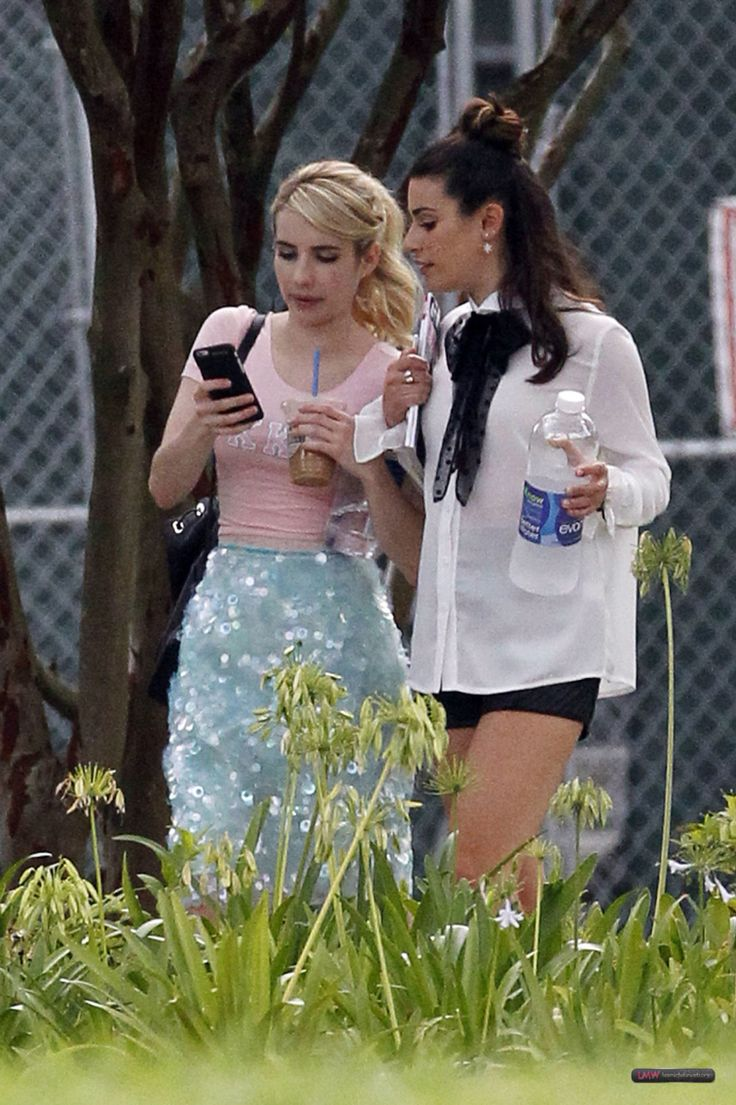 Lea Michele and Emma Roberts on the Scream Queens set