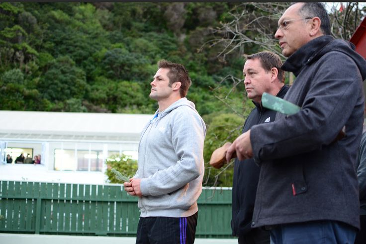 All Blacks visit Hongoeka Marae before leaving for a successful 2015 Rugby World Cup