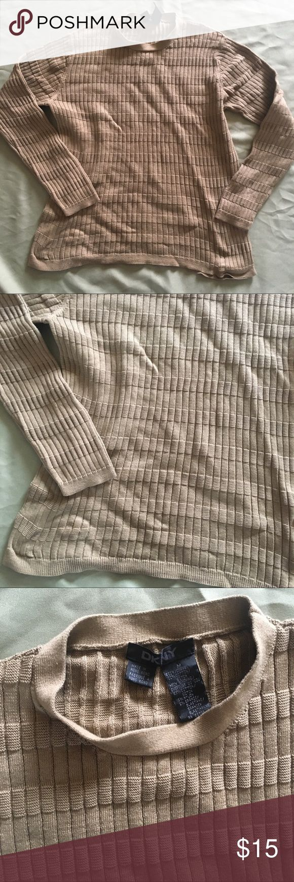 DKNY Men's Fitted Sweater Medium Tan Preppy Casual Size medium. In overall good condition with minimal pilling from normal wash wear. Price firm unless bundled! Dkny Sweaters Crewneck