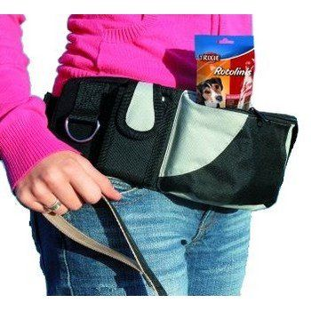 Heuptasje baggy belt  Deze baggy belt is gemaakt van nylon/polyester. Deze heeft een voorzak en een telefoonzakje met klittenband en een rits. D- ring voor sleutels, clicker etc. Afmeting heuptasje: - 17x12x7cm. Afmeting riem: - 62-125cm.  Dit h