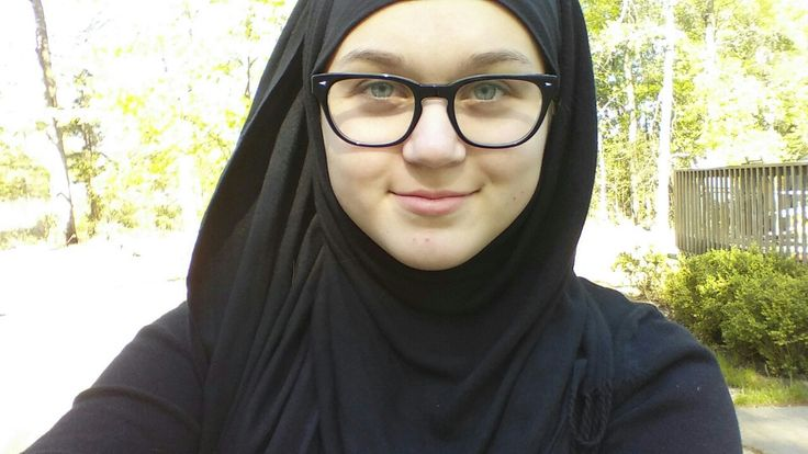 14 yr old's conversion story who was suffering from a eating disorder, Islam saved her life.