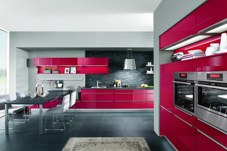 Optez pour une cuisine colorée et design avec votre spécialiste küchen spezialist küchenspezialist